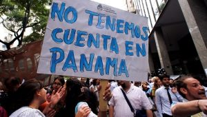 argentina_workers_protest_layoffs_panama_papers_tax_haven_accounts.jpg_1718483346
